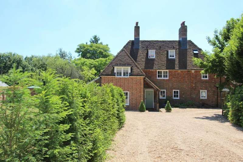 4 Bedrooms Detached House for sale in Bowers Green Lane, Ropley, Alresford