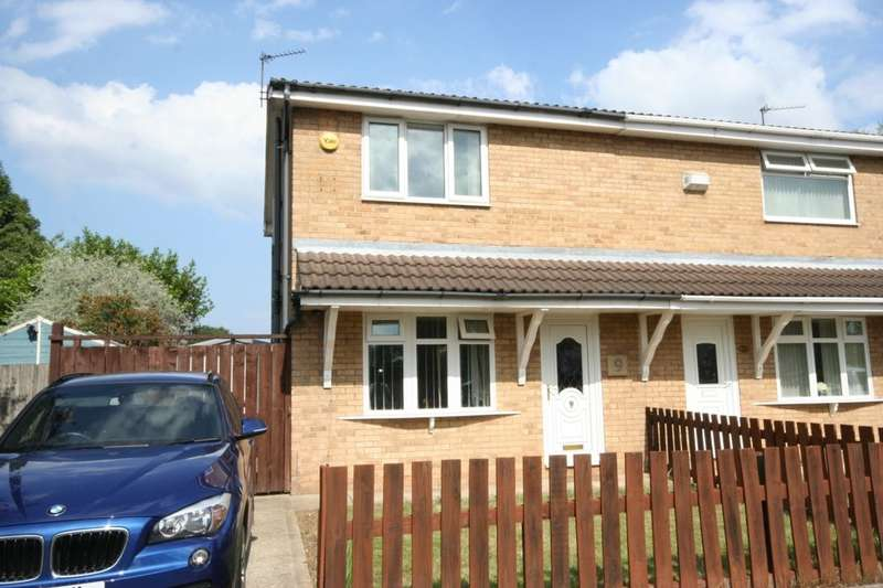 3 Bedrooms Semi Detached House for sale in Hood Drive, Normanby Grange, Middlesbrough, TS6
