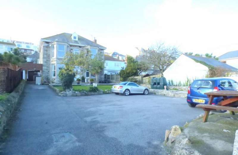 8 Bedrooms Property for sale in The Gounce, Perranporth