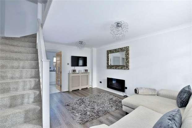 2 Bedrooms Terraced House for sale in Trewarden Avenue, IVER, Buckinghamshire
