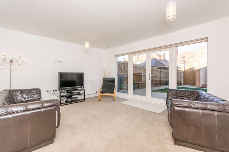 3 Bedrooms End Of Terrace House for sale in Henry Darlot Drive, Mill Hill East, NW7