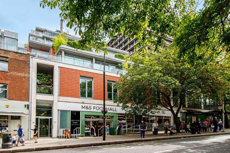 3 Bedrooms Flat for sale in Pond Street, Hampstead NW3