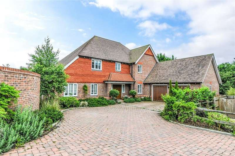 5 Bedrooms House for sale in Downs Edge Place, Stable Lane, Findon, Worthing, BN14