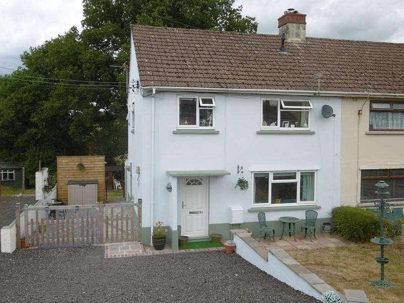 3 Bedrooms Semi Detached House for sale in Rhydyfro , Llangadog, Carmarthenshire.