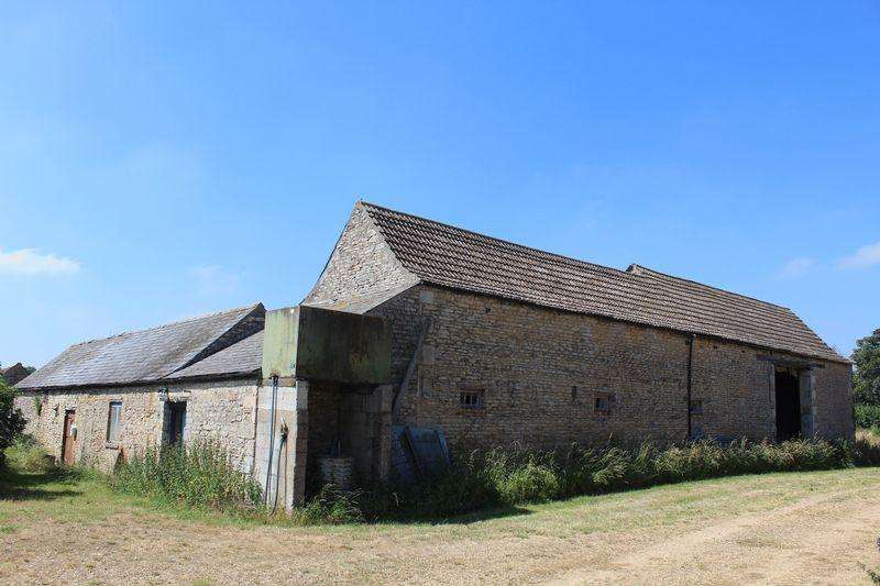 Barn Conversion Character Property for sale in Newstead, Stamford