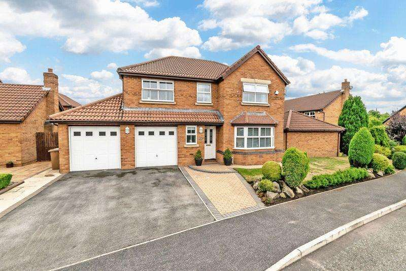4 Bedrooms Detached House for sale in Sandstone Close, Prescot