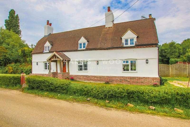 4 Bedrooms Detached House for sale in Fields Farm Road, Layer-de-la-Haye, Colchester, CO2