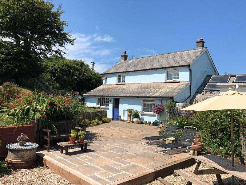 3 Bedrooms Semi Detached House for sale in Rosedown, Hartland
