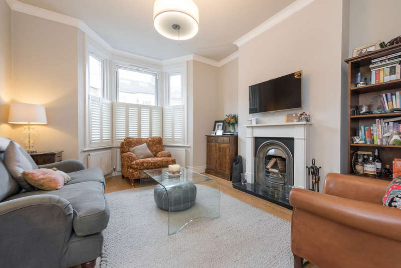 2 Bedrooms Flat for sale in College Road, Kensal Rise NW10