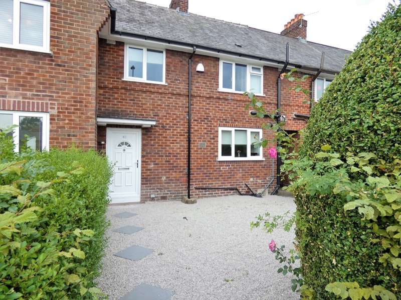 3 Bedrooms Terraced House for sale in Hollyhedge Road, Manchester, Greater Manchester, M22