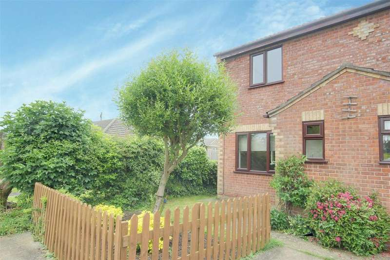 2 Bedrooms Semi Detached House for sale in Chauntry Road, Alford