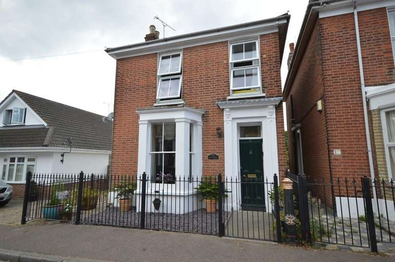 4 Bedrooms Detached House for sale in Queen Street, Brightlingsea