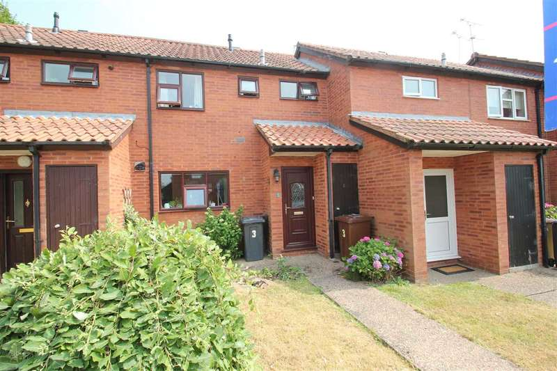 3 Bedrooms Terraced House for sale in Birkdale, Lincoln