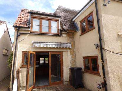 3 Bedrooms Semi Detached House for sale in Hinton St George, Somerset
