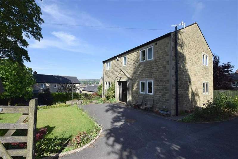 4 Bedrooms Detached House for sale in Salterforth Road, Earby, Lancashire