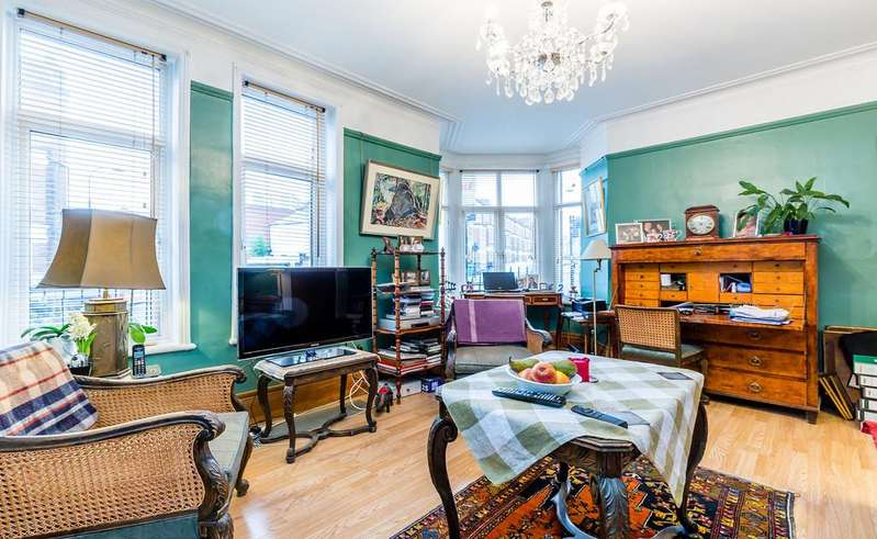 2 Bedrooms Apartment Flat for sale in Agincourt Road, Hampstead, NW3