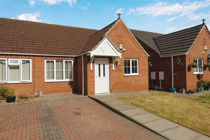 2 Bedrooms Semi Detached Bungalow for sale in Oxby Close, Heckington
