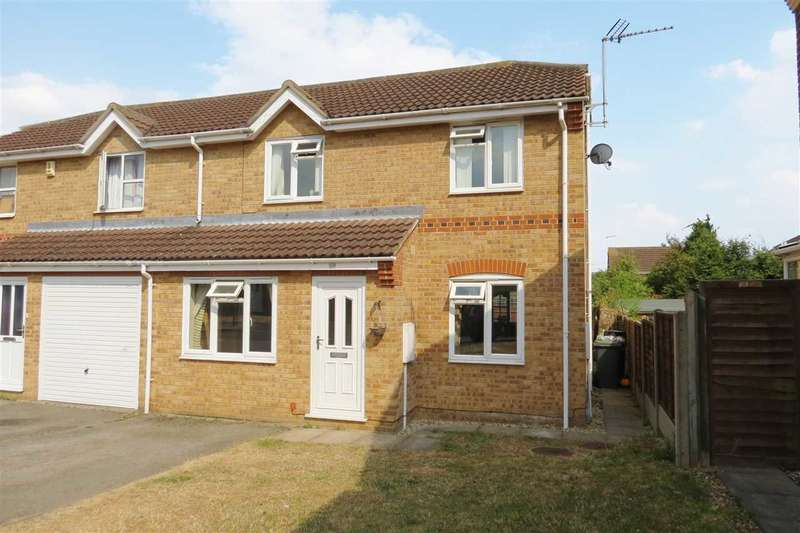 3 Bedrooms Semi Detached House for sale in Hawthorn Drive, Sleaford