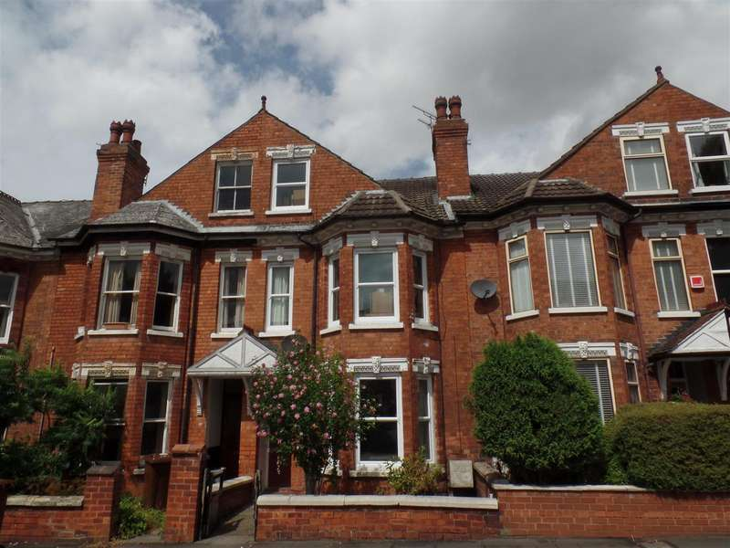 4 Bedrooms Terraced House for sale in Hewson Road, Lincoln