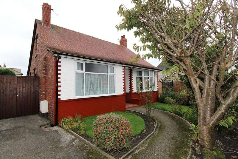 4 Bedrooms Detached Bungalow for sale in Ribble Road, Fleetwood, FY7