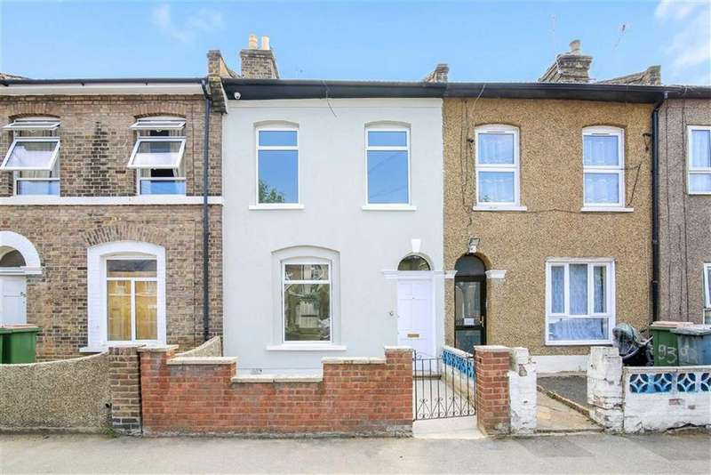3 Bedrooms Terraced House for sale in Chandos Road, Stratford, London