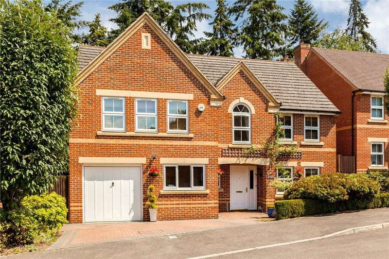 5 Bedrooms Detached House for sale in Lamtarra Way, Newbury, Berkshire, RG14