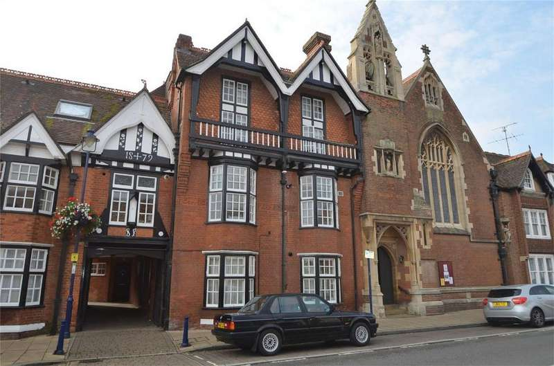 2 Bedrooms Flat for sale in St Francis Court, SHEFFORD, Bedfordshire