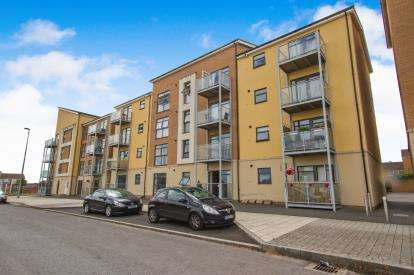 2 Bedrooms Flat for sale in Charlton Boulevard, Charlton Hayes, Bristol, South Gloucestershire