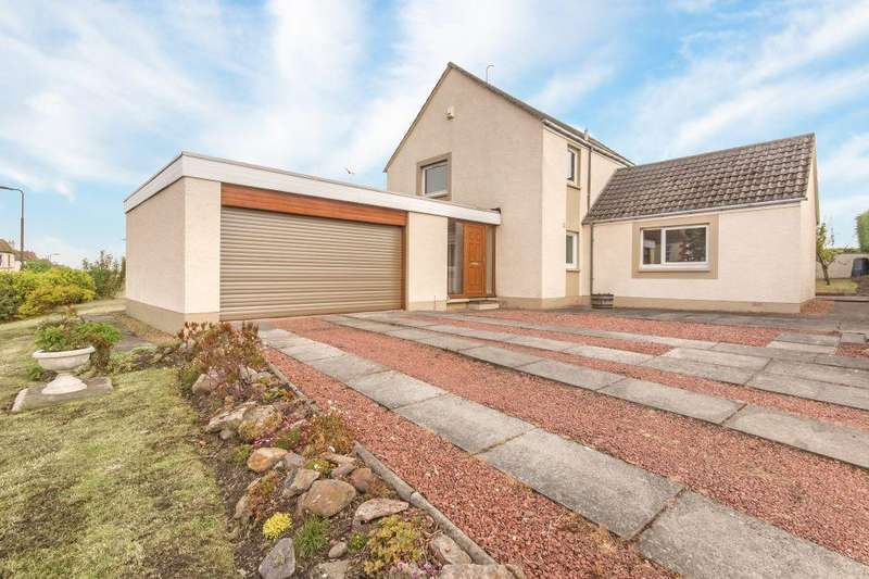 4 Bedrooms Detached House for sale in 1 Lammermoor Gardens, Tranent, EH33 1NN