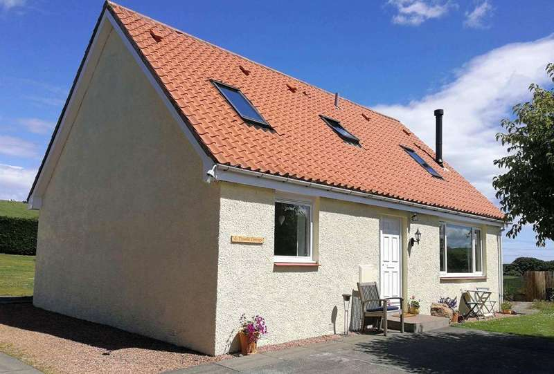 4 Bedrooms Cottage House for sale in Thistle Cottage, Oldhamstocks, TD13 5XN