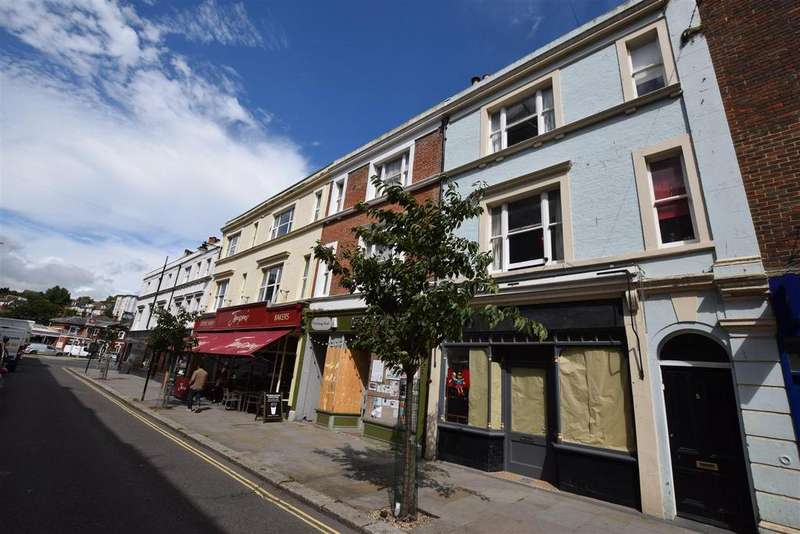 2 Bedrooms Terraced House for sale in Kings Road, St. Leonards-On-Sea