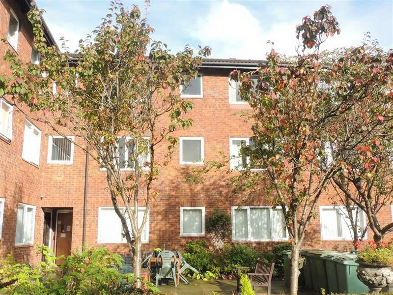 1 Bedroom Retirement Property for sale in Harrytown, Romiley, Stockport