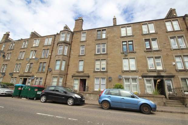 1 Bedroom Flat for sale in Clepington Road, Dundee, Angus, DD3 7NZ
