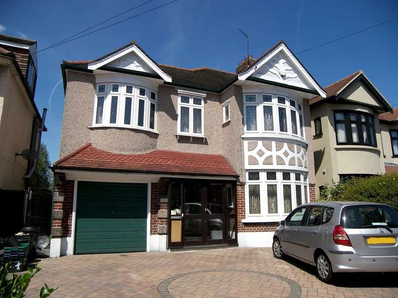 4 Bedrooms Semi Detached House for sale in Longwood Gardens, Clayhall