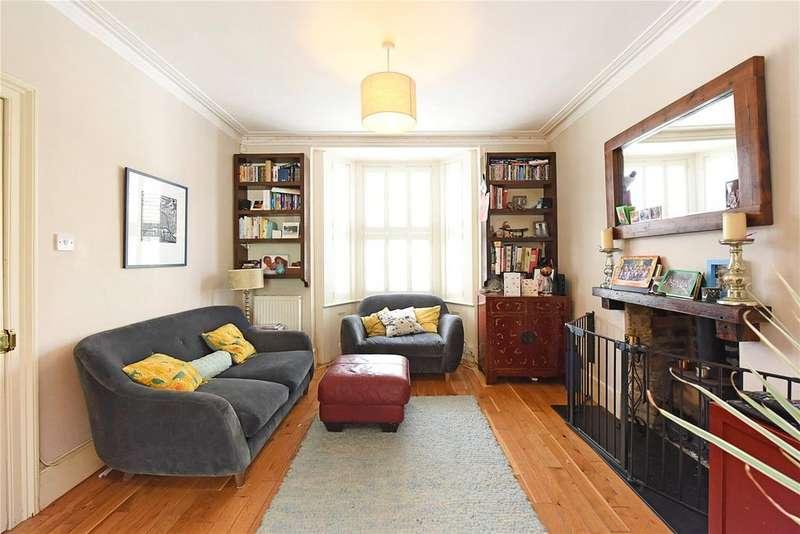 3 Bedrooms Semi Detached House for sale in Calvert Road, London