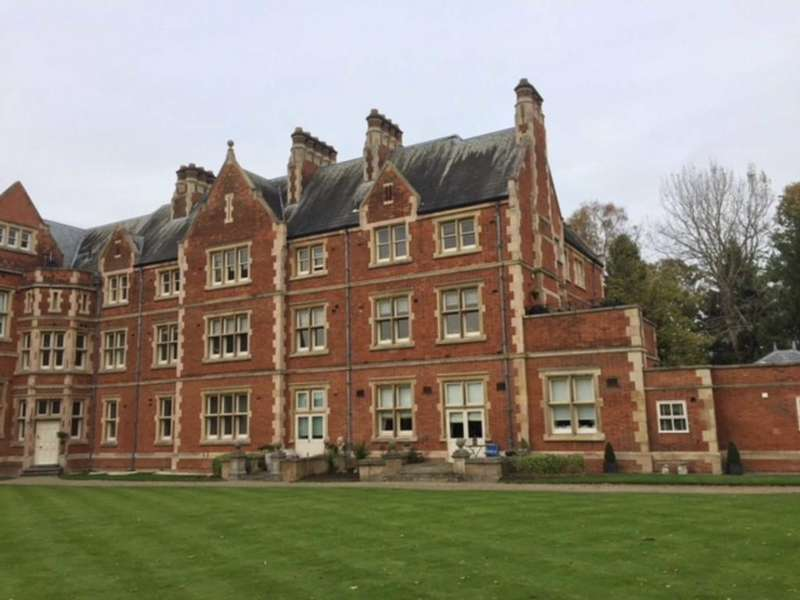 2 Bedrooms Flat for sale in East Wing, Caldecote Hall Drive, Weddington