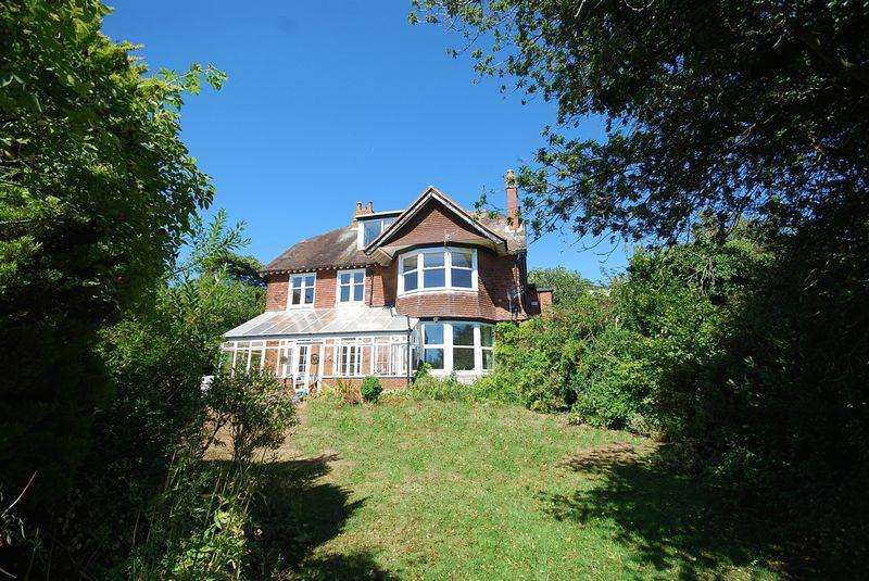 7 Bedrooms Detached House for sale in Hythe