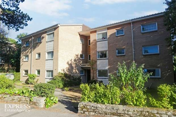 2 Bedrooms Flat for sale in 14 Madeira Road, Bournemouth, Dorset