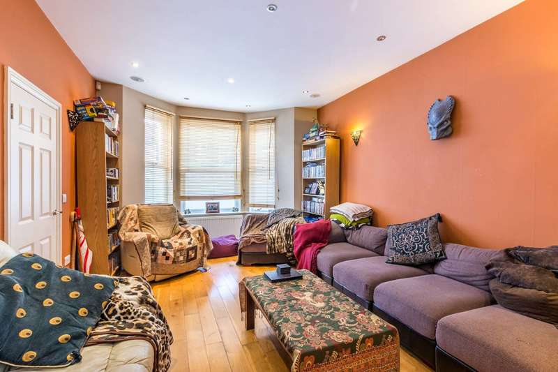4 Bedrooms End Of Terrace House for sale in Eastwood Street, Streatham, SW16