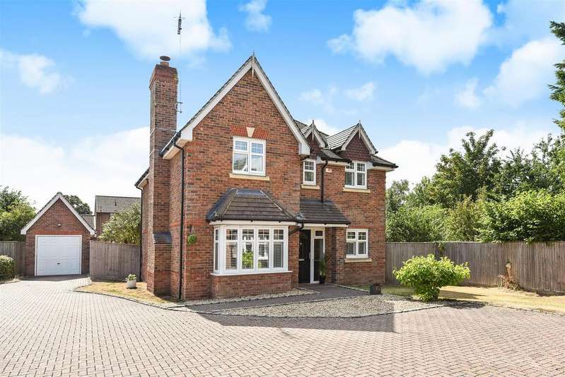 4 Bedrooms Detached House for sale in St. Marys Road, Sindlesham, Berkshire RG41 5DA