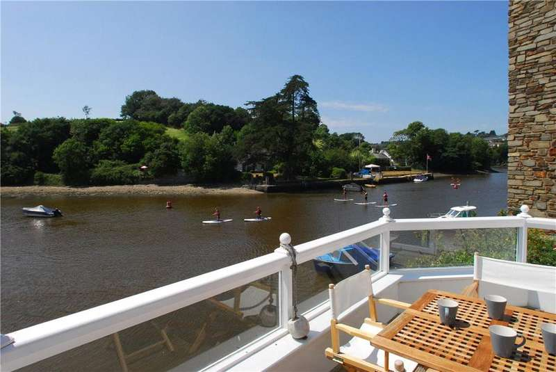 2 Bedrooms Detached House for sale in Crabshell Quay, Embankment Road, Kingsbridge, Devon, TQ7