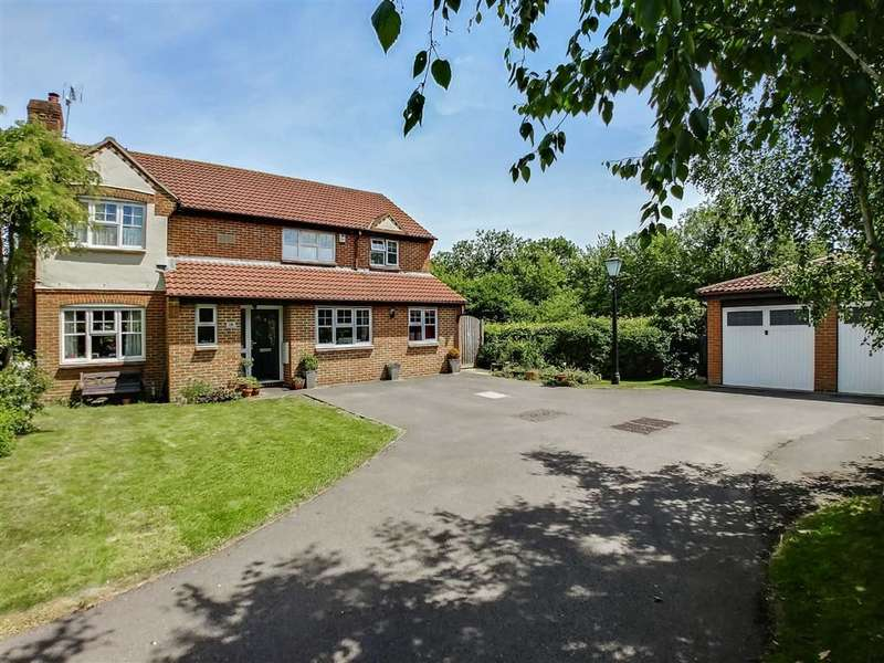 4 Bedrooms Detached House for sale in Church Ground, South Marston, Wiltshire
