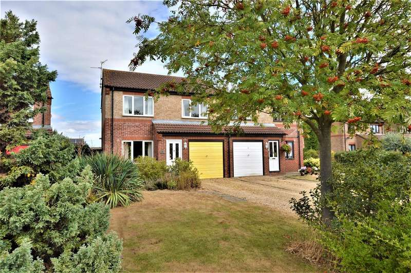 3 Bedrooms Detached House for sale in Campion Grove, Stamford