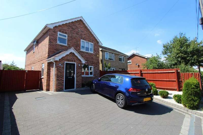 3 Bedrooms Detached House for sale in Millers Lane, Stanway, Colchester, CO3