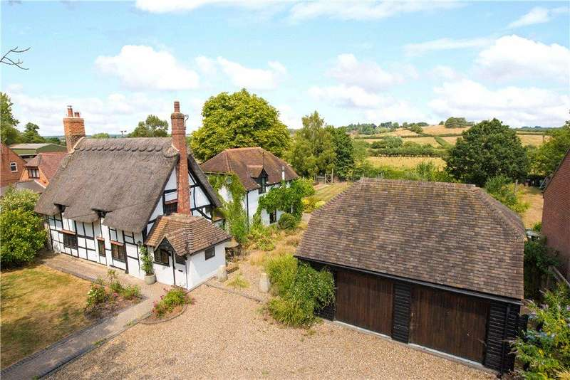 4 Bedrooms Detached House for sale in Main Street, Grendon Underwood, Aylesbury, Buckinghamshire