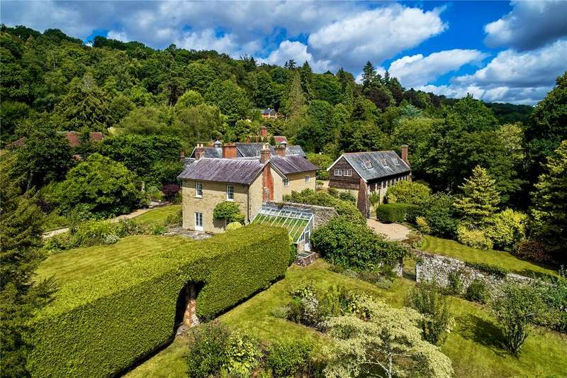 6 Bedrooms Detached House for sale in Hindhead Road, Haslemere, Surrey