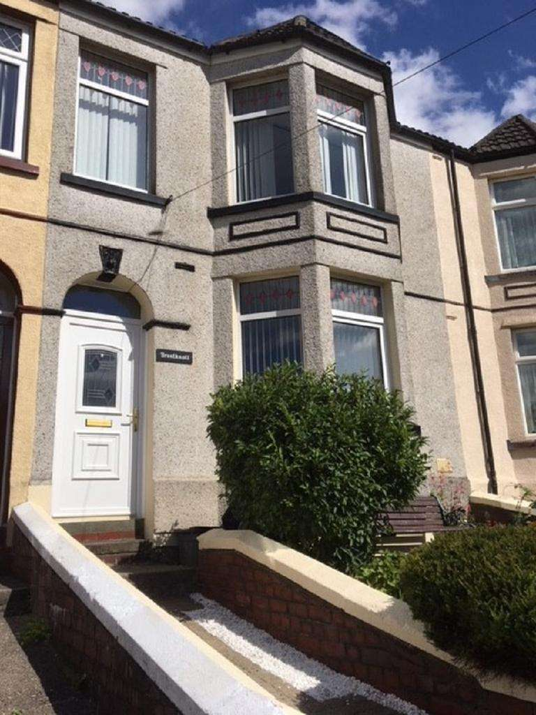 3 Bedrooms Terraced House for sale in Park Place, Waunlwyd, Ebbw Vale, Blaenau Gwent.