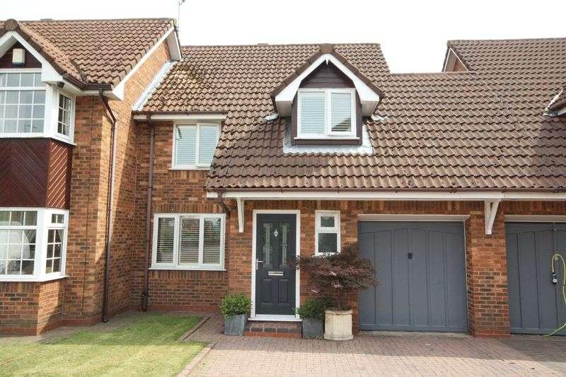 3 Bedrooms Property for sale in Copthorne Close Hopwood, Heywood