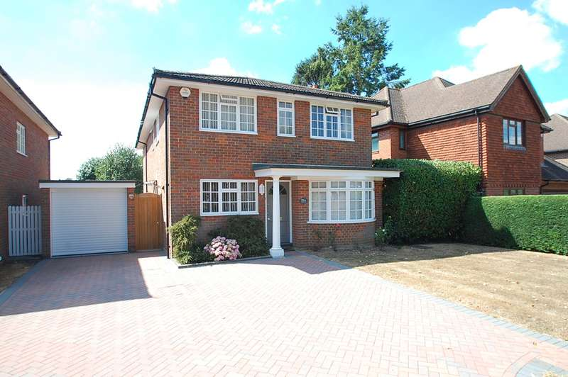 4 Bedrooms Detached House for sale in Denham Lane, Chalfont St Peter, SL9