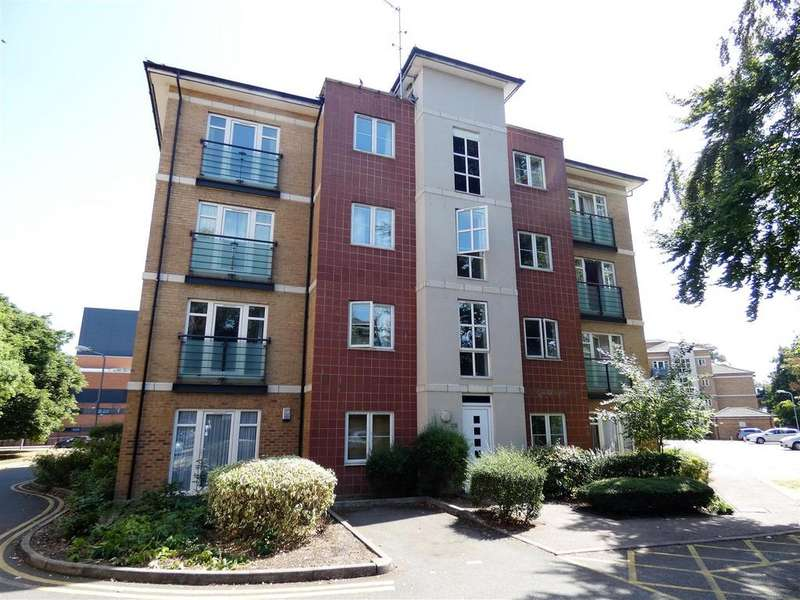 2 Bedrooms Apartment Flat for sale in The Parklands, Dunstable